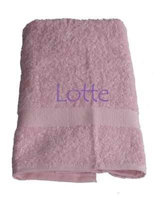 Afbeeldingen van Handdoek Licht Roze geborduurd met Naam