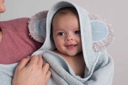 Afbeeldingen van Combi Tuby badcape/babyshower Glove